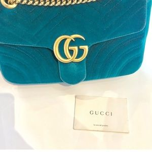 Authentic Gucci Marmont velvet shoulder bag